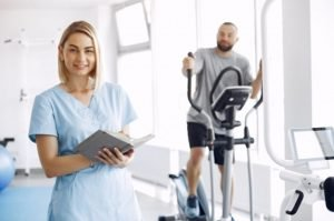 Physiotherapy vs Athletic Therapy – The Key Differences