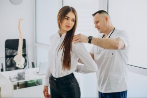 How to Treat Scoliosis Neck Pain